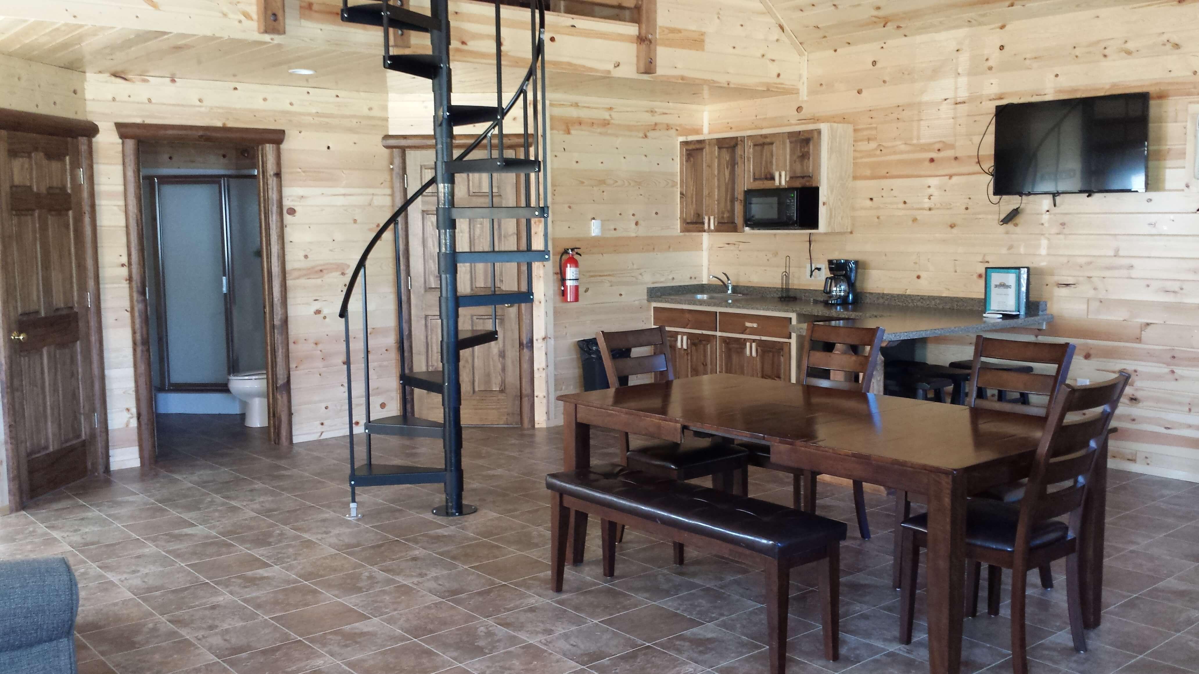 14.9.5-Indoor-cabin